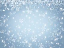Fondo de la Navidad con los copos de nieve y las estrellas que caen en cielo del invierno stock de ilustración