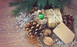 Fondo de la Navidad con los juguetes del vintage Fotos de archivo libres de regalías