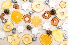 Fondo de la Navidad creativa inusual y del Año Nuevo con el franco secado Imagen de archivo