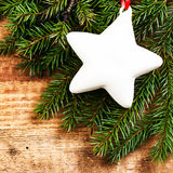 Fondo de la Navidad del vintage con la estrella festiva blanca. Navidad Fotografía de archivo libre de regalías