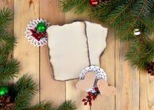 Fondo de la Navidad en estilo rústico Visión superior deseos Imagen de archivo libre de regalías