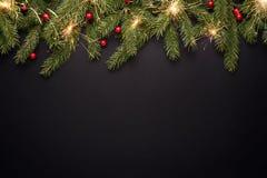Fondo de la Navidad o del Año Nuevo en negro imagenes de archivo