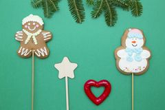Fondo de la Navidad verde del uno-color o del Año Nuevo con diseño minimalistic Imagen de archivo