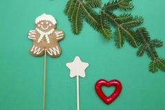 Fondo de la Navidad verde o del Año Nuevo con diseño minimalistic Imágenes de archivo libres de regalías