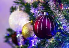 Fondo de la Navidad y bolas 18122017 de los christmass foto de archivo libre de regalías