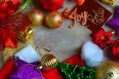 Fondo de la Navidad y del Año Nuevo con las decoraciones Fotos de archivo