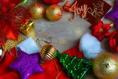Fondo de la Navidad y del Año Nuevo con las decoraciones Imagen de archivo libre de regalías