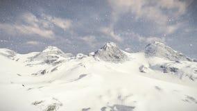 Fondo de la nieve de la montaña almacen de video