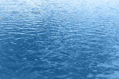 Fondo de la onda de agua azul Fotografía de archivo