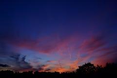Fondo de la puesta del sol de la forma de la ciudad Fotografía de archivo libre de regalías