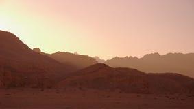 Fondo de la puesta del sol del desierto Imagen de archivo