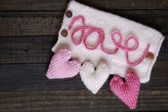 Fondo de la tarjeta del día de San Valentín, corazón, día de tarjetas del día de San Valentín, regalo, hecho a mano Fotos de archivo libres de regalías