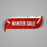 Fondo de la venta del invierno con la cinta realista roja Diseño promocional del cartel o de la bandera del invierno con nieve De ilustración del vector