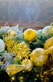Fondo de la vertical de la decoración del Año Nuevo de la Navidad Fotos de archivo
