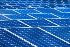 Fondo de las baterías solares Imagen de archivo libre de regalías
