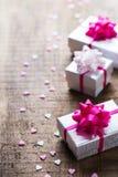 Fondo de las cajas de regalo del amor del día de fiesta del día de tarjetas del día de San Valentín Imagen de archivo libre de regalías