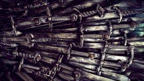 Fondo de las espadas del caballero del metal Cierre para arriba Los caballeros del concepto metrajes