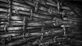Fondo de las espadas del caballero del metal Los caballeros del concepto metrajes