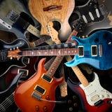 Fondo de las guitarras eléctricas Fotografía de archivo libre de regalías