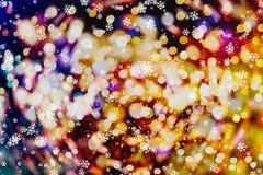 Fondo de las luces de bulbos del brillo que brilla: falta de definición del concepto de las decoraciones del papel pintado de la  Fotografía de archivo libre de regalías