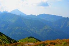 Fondo de las montañas, montañas de Tatra, Polonia Foto de archivo libre de regalías