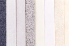 Fondo de las rayas verticales del paralelo colorido del papel Foto de archivo libre de regalías
