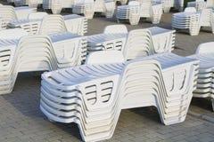 Fondo de las sillas de playa Imagen de archivo libre de regalías
