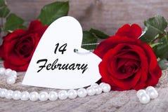 Fondo de las tarjetas del día de San Valentín con las rosas Imagen de archivo