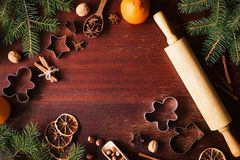 Fondo de las vacaciones de invierno del Año Nuevo de la Navidad con las decoraciones festivas Fotos de archivo