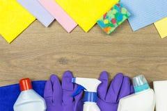 Fondo de los artículos de la limpieza Fotografía de archivo