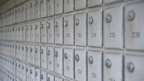 Fondo de los buzones de correos en fila almacen de metraje de vídeo