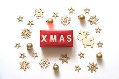 Fondo de los días de fiesta de la Navidad Palabra de Navidad hecha de letras de madera Fotos de archivo libres de regalías