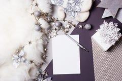 Fondo de los días de fiesta Tarjeta de Navidad del papel en blanco Imagen de archivo