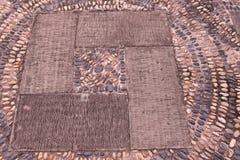 Fondo de los guijarros de la roca del río en piso Imagen de archivo libre de regalías