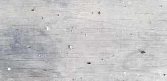 Fondo de madera agrietado áspero gris/blanco Imágenes de archivo libres de regalías