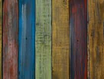 Fondo de madera coloreado brillante de los tablones Imágenes de archivo libres de regalías