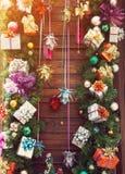 Fondo de madera colorido de la Navidad Imagen de archivo libre de regalías
