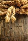 Fondo de madera con la cuerda Fotografía de archivo libre de regalías
