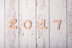 Fondo de madera con la palabra 2017 Foto de archivo libre de regalías