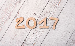 Fondo de madera con la palabra 2017 Fotos de archivo libres de regalías