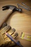 Fondo de madera con las herramientas fotos de archivo libres de regalías
