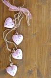 Fondo de madera con los corazones Imágenes de archivo libres de regalías