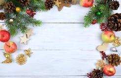Fondo de madera de la Navidad rústico Elementos naturales Fotografía de archivo libre de regalías