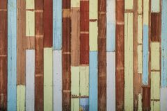 Fondo de madera diverso y envejecido al aire libre de la textura del color fotografía de archivo libre de regalías