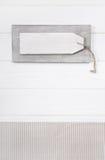 Fondo de madera elegante lamentable en formato de retrato con un la blanco Imagen de archivo