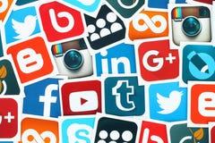 Fondo de medios iconos sociales famosos Fotografía de archivo libre de regalías