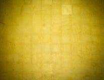 Fondo de oro de la pared Imagen de archivo libre de regalías