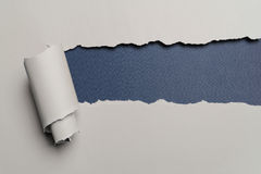 Fondo de papel rasgado Foto de archivo libre de regalías