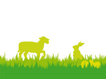 Fondo de Pascua con el cordero, los huevos y las mariposas