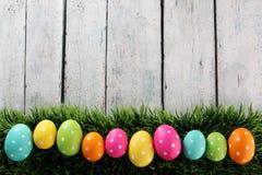 Fondo de Pascua con la hierba Imagen de archivo